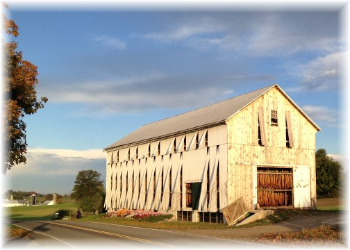 Amish barn in Lancaster County 10/14/15