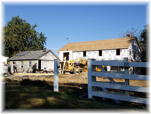 Amish barn-raising 9/28/17