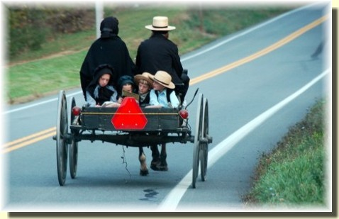 Amish family on way home from church (photo by Doris High)