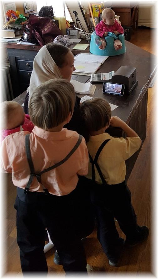 Amish children 4/15/17