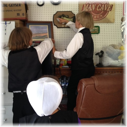 Amish children with Billy bass 7/12/15