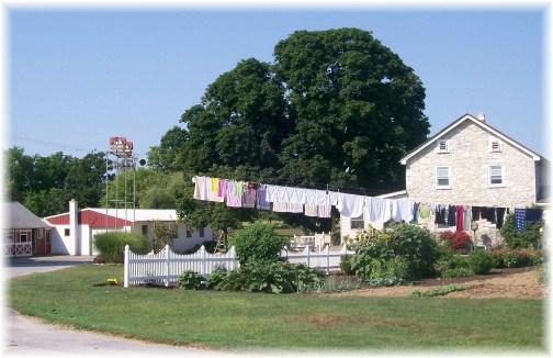 Amish clothesline 7/13/12