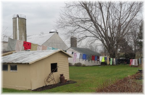 Amish clothesline 12/30/13