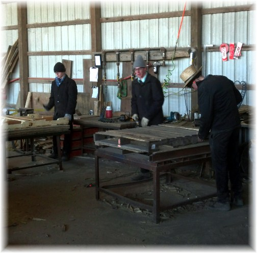 Amish pallet makers in Mount Joy, PA