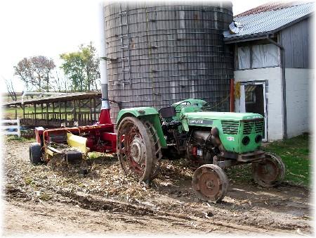 Amish harvesting corn silage