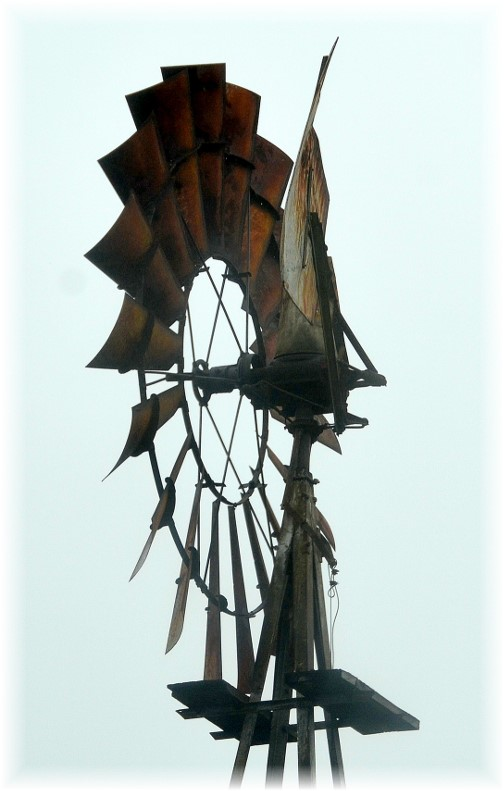 Ohio windmill (photo by Doris High)