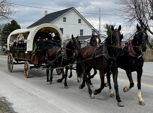 Conestoga wagon ride