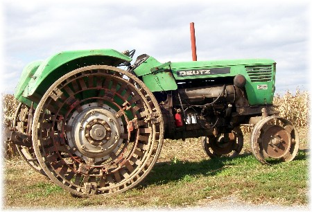 Deutz steel wheeled tractor