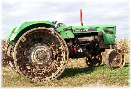 Deutz steel wheeled tractor