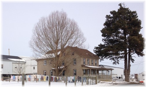 Old-order Mennonite farm (click to enlarge)