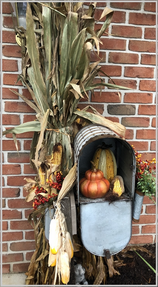 Audrey's decorative mailbox, Lebanon County, PA 9/25/18