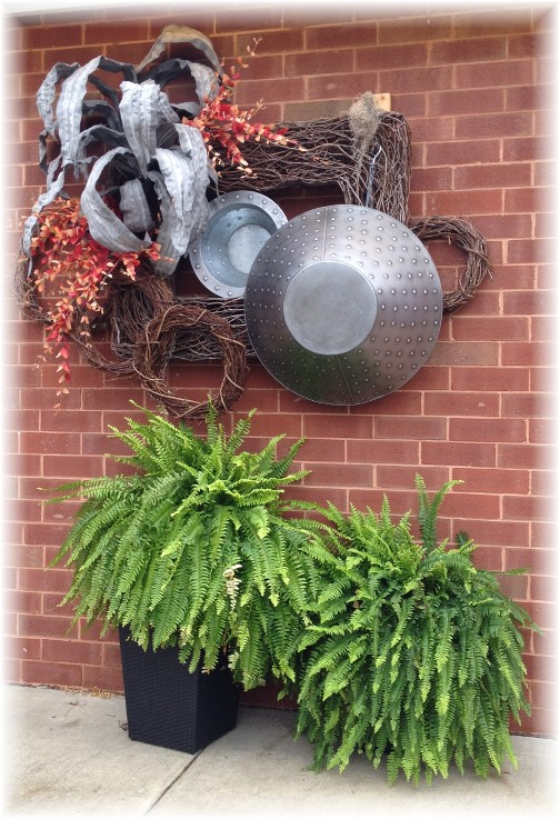 Mount Joy autumn decorations