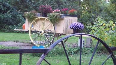 Autumn flower cart