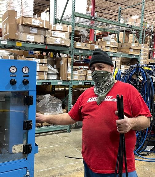 Luis, Kleen-Rite hose maker
