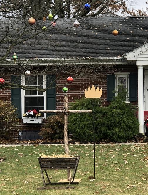 Calvary Homes lawn decoration