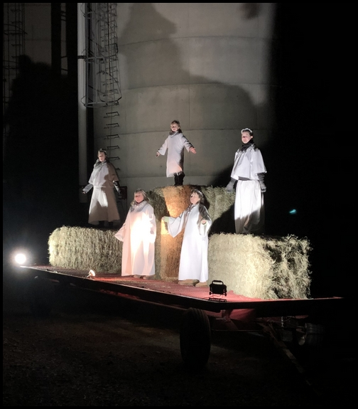 Living nativity scene angels