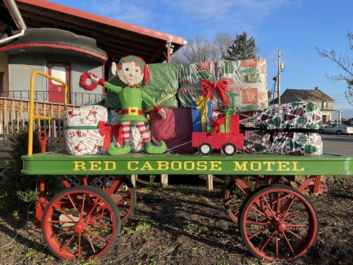 Red caboose wagon