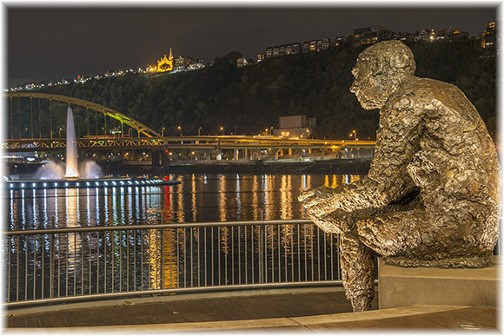 Pittsburgh statue (photo by Howard Blichfeldt)