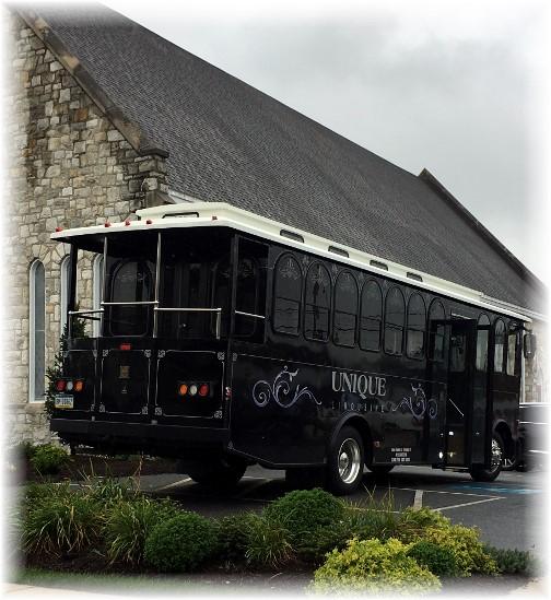 Wedding limo in Mount Joy 9/2/17 (Ester)