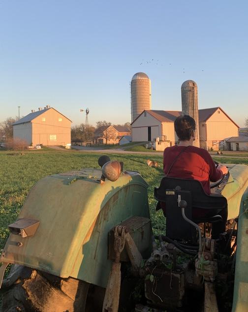 Brooksyne on tractor