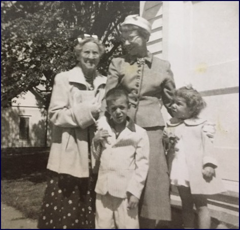 Photo with Mom and MaMa and Genelle in 1960
