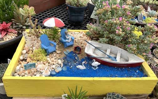 Fisher's Greenhouse beach arrangement