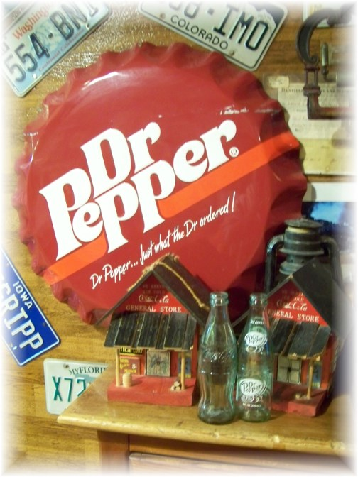 Giant Dr Pepper bottle cap