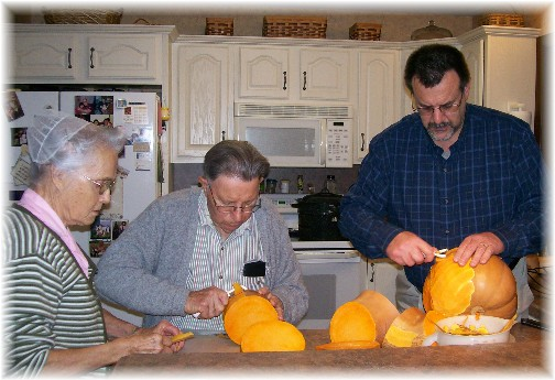 Preparing neck pumpkin 11/30/10