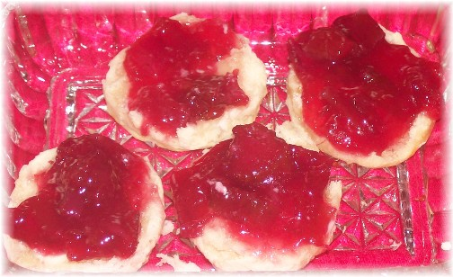 Stawberry-rhubarb jam on bisquits