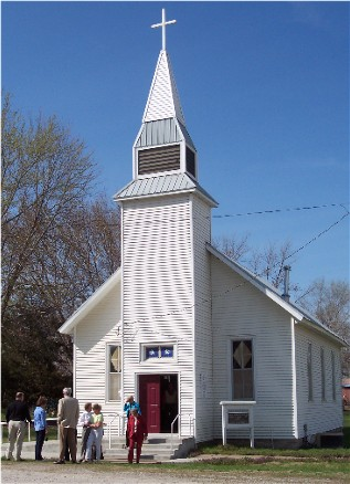 Photo of village church in Harwood, Missouri