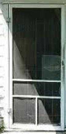 Slamming screen door