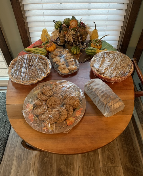 Thanksgiving dessert table 2019