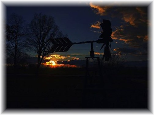 Windmill sunset (Photo by Ester)