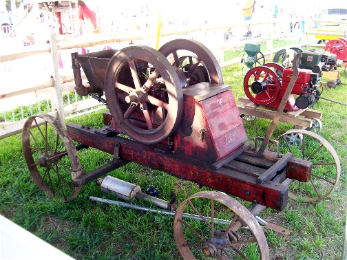 1911 New Holland tractor at E-town fair