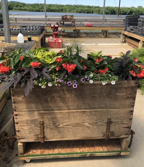 Funks greenhouse planter, Lancaster County, PA