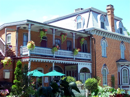 Greystone Manor Bed and Breakfast, Bird In Hand, PA 7/27/11