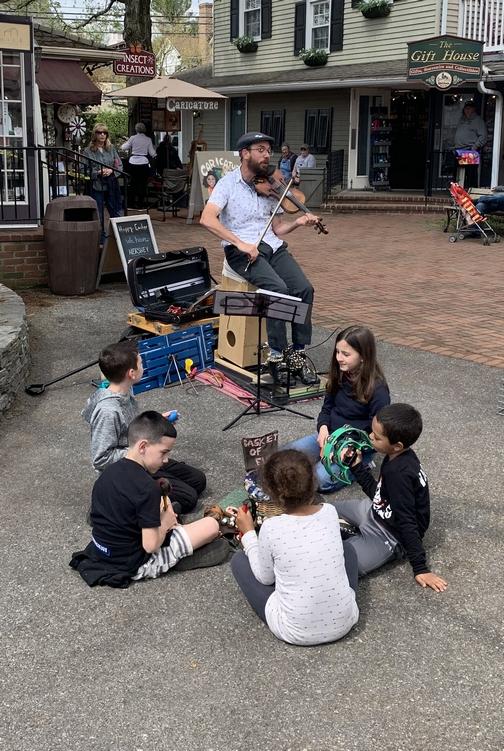 Kitchen Kettle Village musician 4/18/19