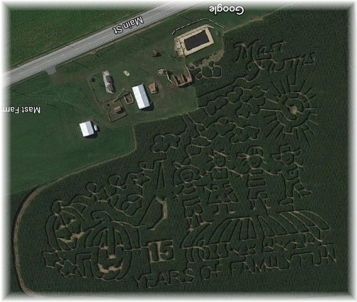 Mast Farm corn maze, Lancaster County, PA (from Google Earth) Click to enlarge