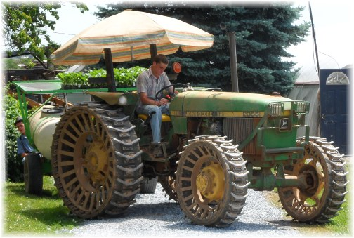 Old order Mennonite tractor 6/5/13