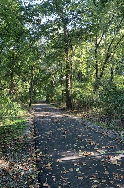 River bike trail