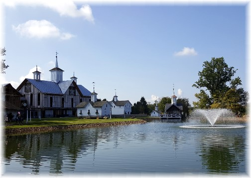Star Barn and fountain 9/16/17 (Click to enlarge)