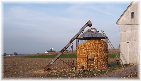 Lapp farm corn crib