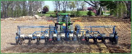 John Deere corn planting 4/08