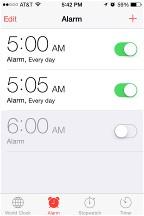 iPhone alarm screen
