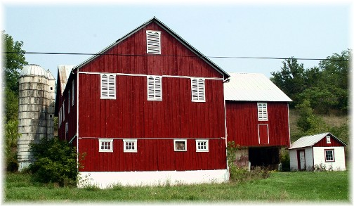 Centre County PA red barn (photo by Greg Schneider)