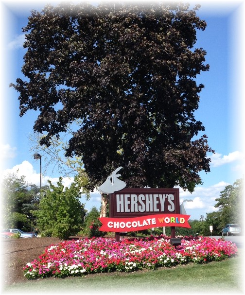 Hershey Chocolate World entrance 7/17/14