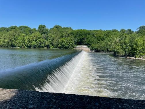 Lehigh River chain dam