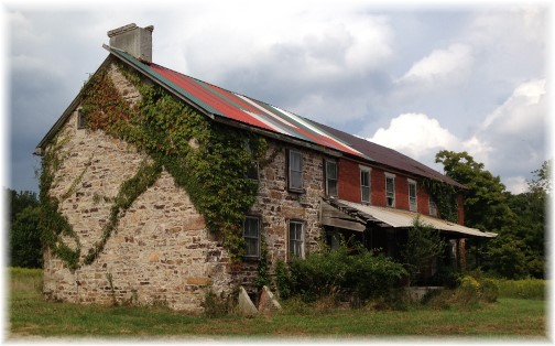 Pennsylvania mountain stone house 9/6/14
