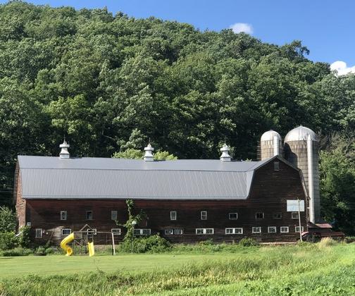 Barn near Pine Creek rail trail