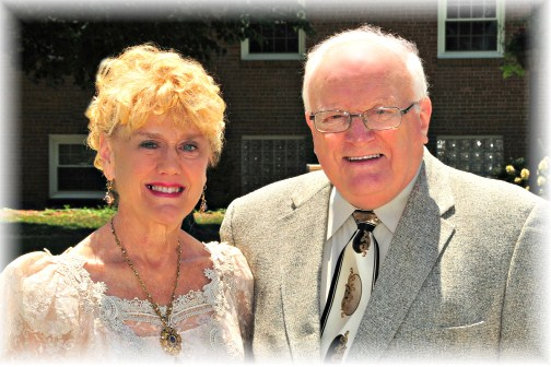 Ron and Bonnie Hoover on 50th anniversary